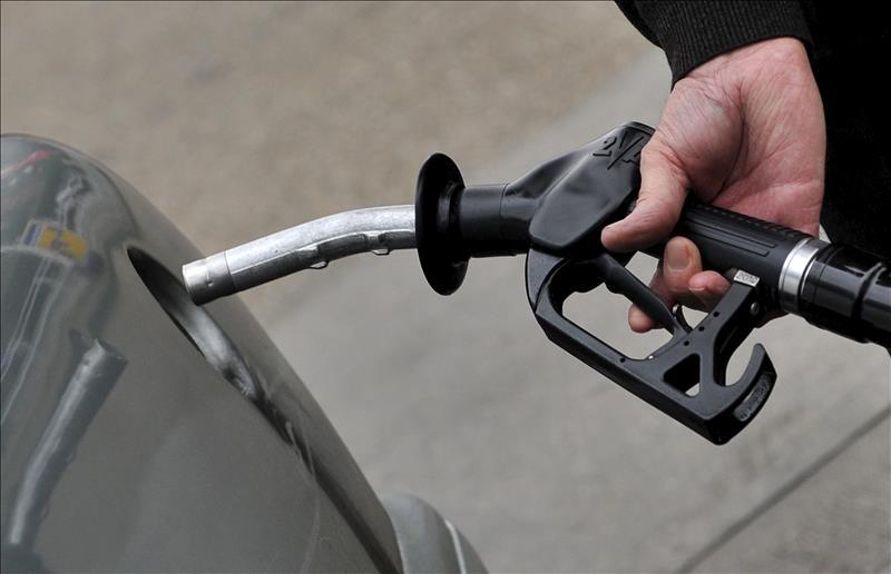 El precio medio de la gasolina se sitúa por debajo de los 1,4 euros