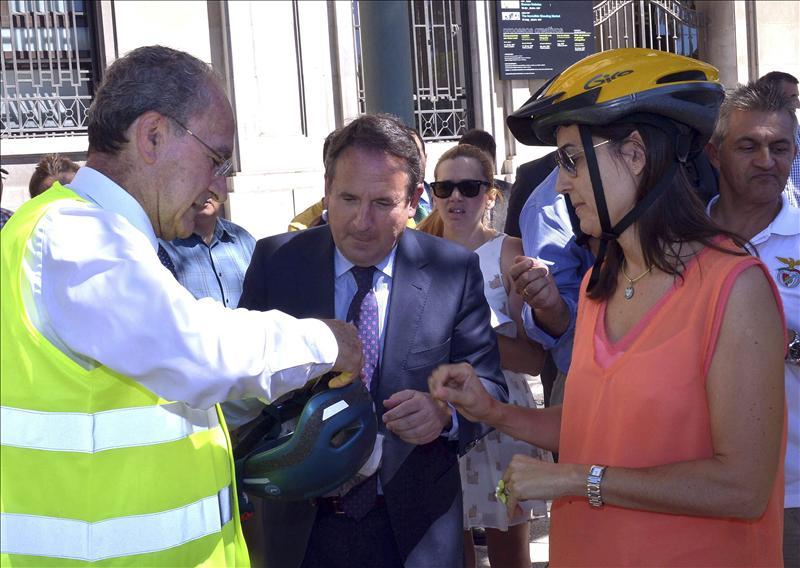 Implantan el primer sistema de préstamo de bicis con la tarjeta de autobús en España