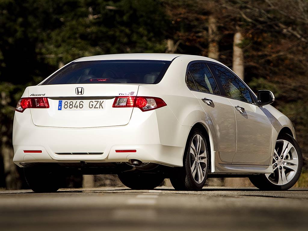 Honda Accord 2.2 i-DTEC 180 cv 1