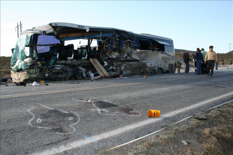 Al menos 43 muertos y 40 heridos en accidente de autobús en Guatemala