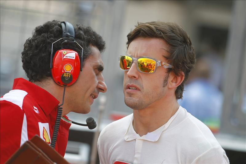 Montezemolo anima a Alonso a competir 'con el cuchillo entre los dientes'